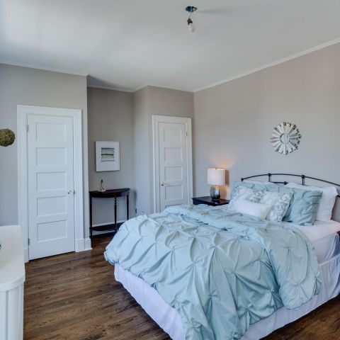 guest bedroom with wood floors - historic charm in NW DC - Ballard & Mensua Architecture