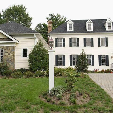 A Frank M. Bell custom home on Carmelita Dr