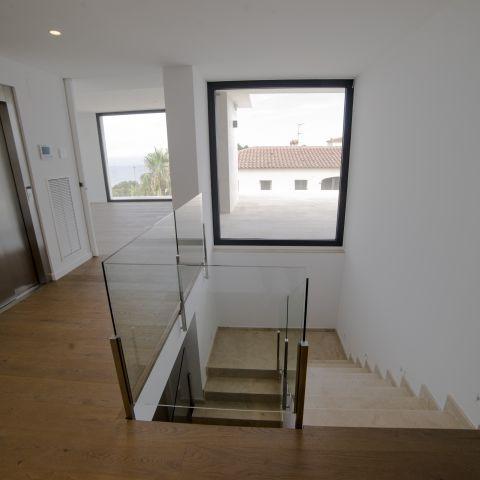 stairwell view - Costa Brava Overlook - Ballard & Mensua Architecture