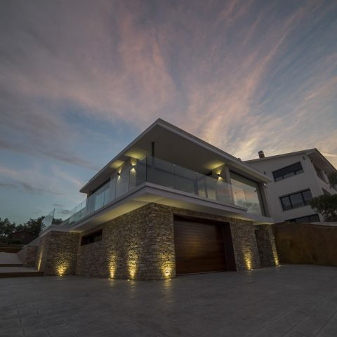 home by sunset - Costa Brava Overlook - Ballard & Mensua Architecture