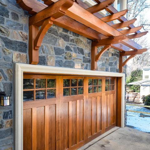 garage door detail - carpenter's challege - Alison project