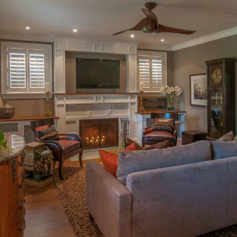 Bennington project - Little City rambler - front door living room