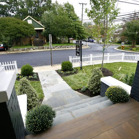 Front walkway and steps - Clarendon bungalow - Cima project