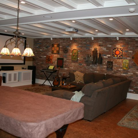 Enrico-Easton - waterfront cottage renovation - family room with ceiling detail