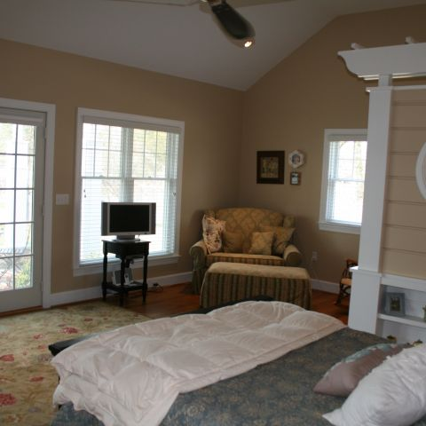 Enrico-Easton - waterfront cottage renovation - master bedroom
