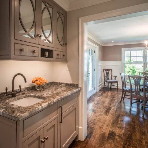 butler pantry  - McLean waterfront - Graham project