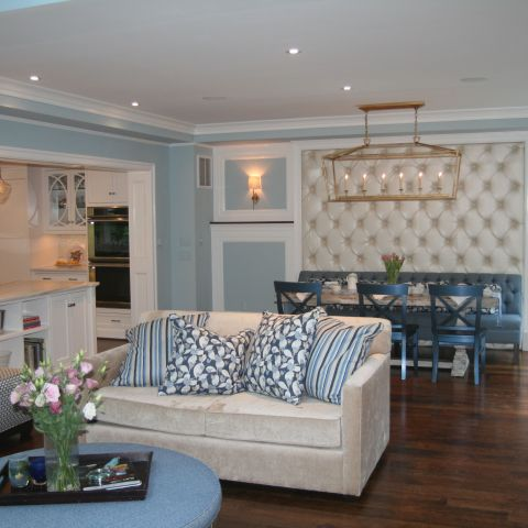 family room towards breakfast nook - McLean waterfront - Graham project