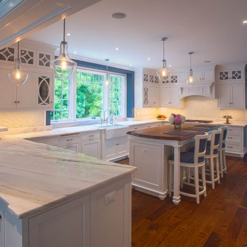 kitchen with island towards deck - McLean waterfront - Graham project
