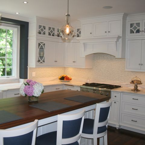 kitchen cabinets and island - McLean waterfront - Graham project