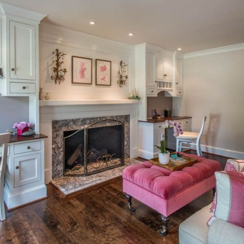 study with fireplace - McLean waterfront - Graham project