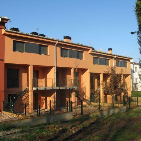 apartment back deck and exit detail - Ballard & Mensua