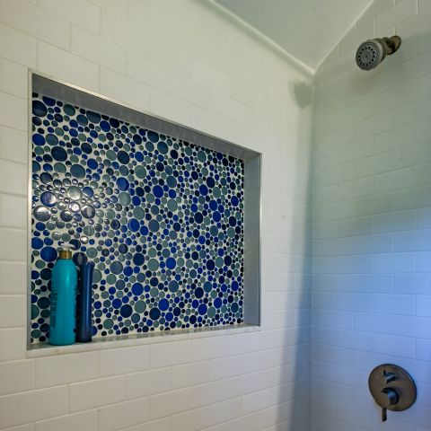 hall bathroom shower niche detail - Two story renovation - Loucks project