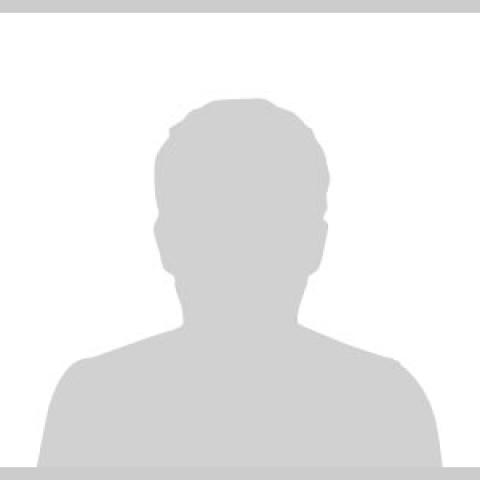 Vicente Mensua - Headshot